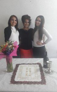 Yael, Elisheva y Rachel se preparan para Shabat